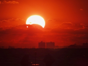 Rare solar eclispe wows African continent